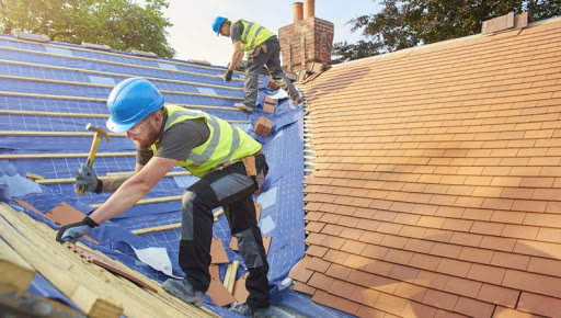 Know how you can hire a roofing company for your roof crack